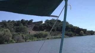 Isla de Mezcala llegando embarcacion.