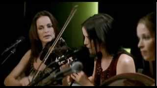 "The Corrs Unplugged. ""Toss The Feathers"" (1999)"