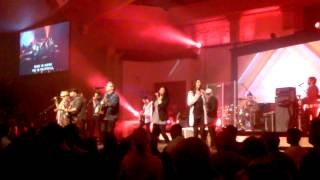 Darlene Zschech and Israel Houghton (2)