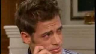 Juan Miguel llora; se entera que Mc va a casarse