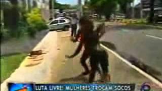 Street Fighter Brasileiro (Com efeitos sonoros...).WMV