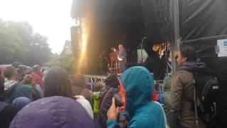 Urbanus - De Belastingscontroleur - Live - Pop@Park 2015 Zaventem