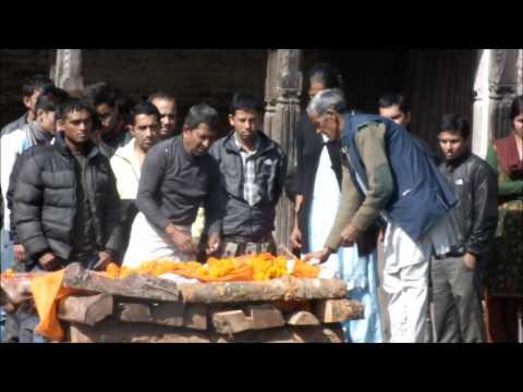 incineraciones en los Ghats Pashupatinath Nepal