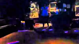 Flor Jimenez cantando Los Laureles Con pista de Linda Ronstadt