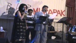 Mehboob Shaikh and Jonita Ghandhi Live - Chup Gaye Sare Nazare