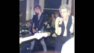 The Clash Stay Free (unplugged) by punk tribute band 1977