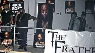 Rick Ross - Bag of Money - Live in Chicago