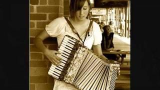 Occhi chorni (??? ??????) on accordion (Russian Gypsy music)