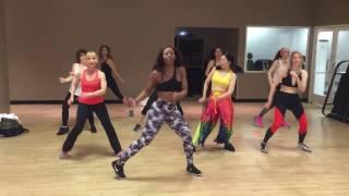 """Nicole Steen's ZUMBA Dance to """"Chantaje"""" by Shakira ft. Maluma"""