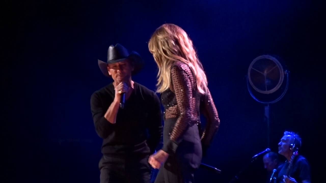 Best Place To Buy Vip Tim Mcgraw And Faith Hill Concert Tickets Target Center