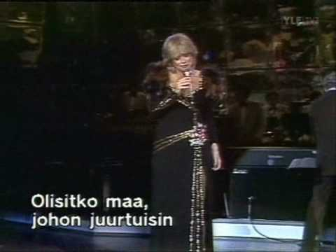 marion-hyvasti-yo-english-naisetnaiset
