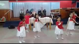 Grupo Shekináh Kids coreografia do louvor Casa do Pai - Aline Barros