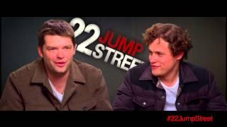 22 Jump Street // Featurette - Captain Dickinson (OV)