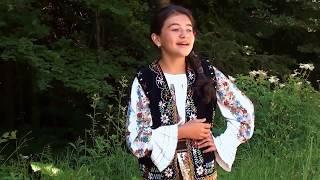 """""""Cucule, pasare mandra !"""" - canta Teodora Plapana"""