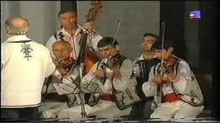 Traian Frincu- TEZAUR FOLCLORIC- MOSTENITORII 2001  -  Mandra mea sprancene multe