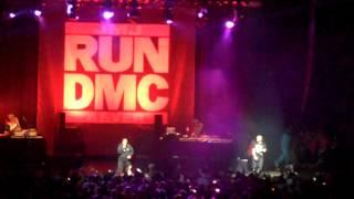 Run DMC Rocking @ the Borgota 'Down With the King'