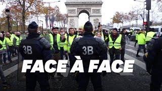 Les images des heurts entre gilets jaunes et police sur les Champs-Elysées