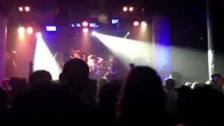 "Andrew WK & Marky Ramone's Blitzkrieg ""Blitzkrieg Bop"" Live in NYC"