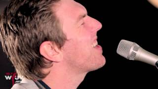 "Hamilton Leithauser - ""5 AM"" (Live at WFUV)"