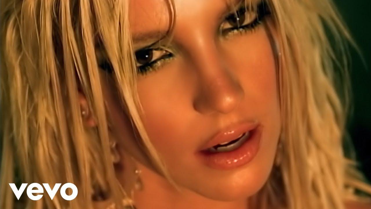Britney Spears - I`m A Slave 4 U