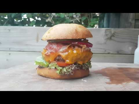 Master Burger on the Weber Master Touch - BBQ Junkie