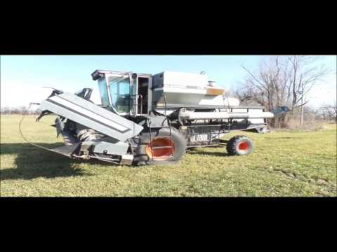 1981 Gleaner M2 combine for sale | no-reserve Internet auction March 8, 2017