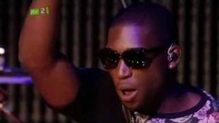 Tinie Tempah - Written in the Stars [LIVE] at  BT Digital Music Awards 2010