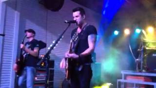 Theory of A Deadman - Bitch Came Back (live)