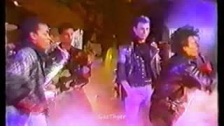 Gary Glitter - Rock & Roll Part 1 (Live 1988)