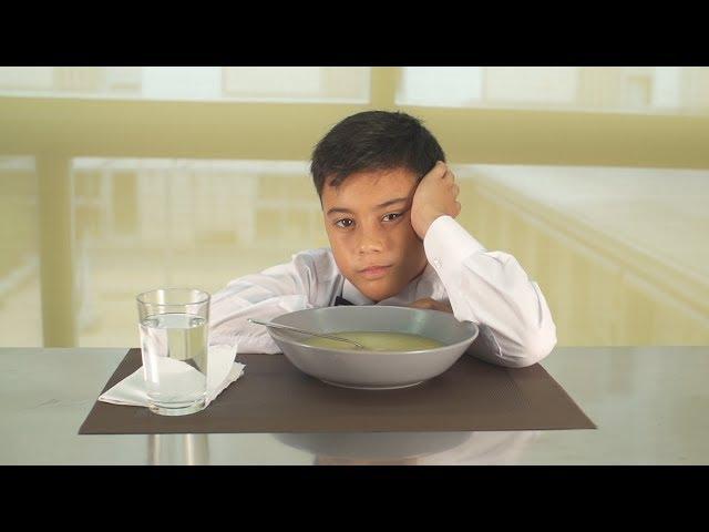 """Vídeo de la canción """"Cum Laude"""" de El Niño de la Hipoteca."""