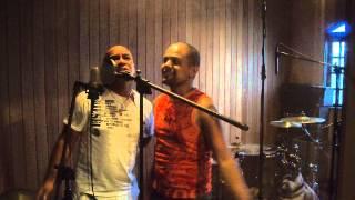 Marcinho e Marcelo - Não Vai Embora