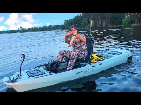 Рыбалка на Разборном Каяке с Педалями. Каяк для Охоты и Рыбалки Point 65 KingFisher