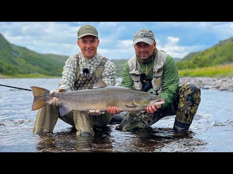 Рыбалка с Ночевкой! Семь суток на Кольском Полуострове. Встреча с Медведем. Быт и Еда на Реке