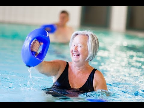 Wassertherapie zum gelenkschonenden Training im Schwimmbecken