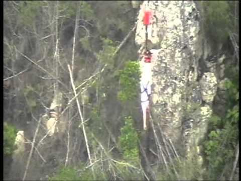 Manne hoppar bungyjump – Sydafrikaresor