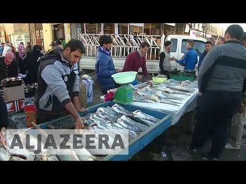 Iraq: Residents resume life in Mosul neighbourhood