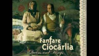 Fanfare Ciocarlia - ¡¡Qué Dolor!! ♪ Gypsy Queens & Kings [Feat. Kaloome]