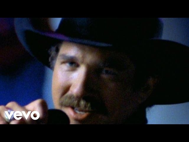 video oficial de mama don't get dressed up for nothing by brooks and dunn