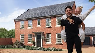 WE BOUGHT OUR DREAM HOUSE! EMPTY HOUSE TOUR 2019 | ELLE DARBY