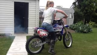 The new bike YZ85 race bike 2 stroke it sounds mint