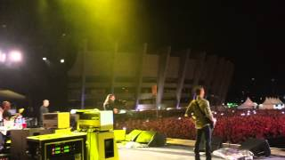 Foo Fighters + Rafa Giácomo - Breakout (Live in Belo Horizonte) - EXCLUSIVE BACKSTAGE CAM
