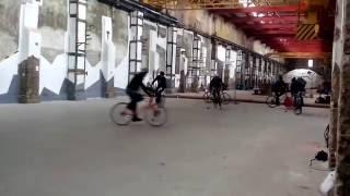 Игра в велополо на Арт-заводе Механика
