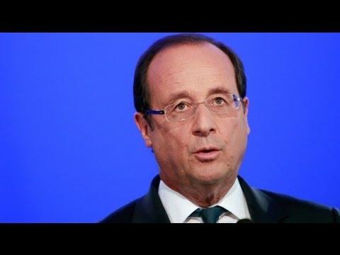 Hollande'a halk güvenini kaybediyor