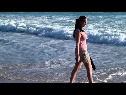Mona enjoying the Nordhocke beach
