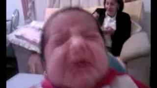 Flávia chorando