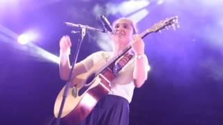 Camille Esteban - Ave Cesaria (Cover Stromae) Version LIVE