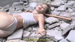 Miley Cyrus Wrecking Ball lyrics english and espanish