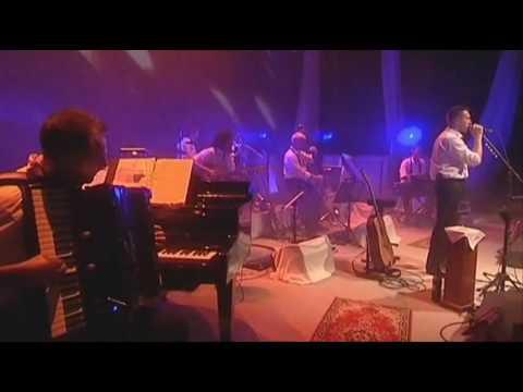akos-nem-er-semmit-a-dal-40-koncert-bettina-mezei