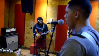 Revelry -  Supersoaked Kings of Leon Cover (Studio MB)
