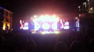 Laura Pausini - Non c'è - Live @ Piazza Grande Locarno 14.07.2012 (incompleto)